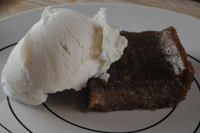 Heavy Cake.  Cayman?s ?unofficial? National Dessert.